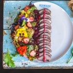 Sałatka kaczka/marynowana gruszka/gorgonzola
