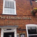 Φωτογραφία: The Standing Order