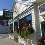 Traci's Diner