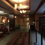 Hampton Inn (Vinland, NJ), check-in area
