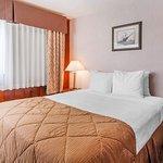 Photo de Clarion Inn Surfrider Resort
