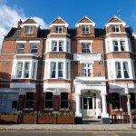 Photo of Kew Gardens Hotel