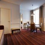 Photo of Hotel Elysees Union