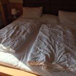 Frisch gemachte Betten sowie die Art und Weise wie das Hotel Dinge repariert!