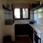 A small kitchen with faciliyies