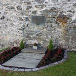 Plaque honouring resistance fighters killed during WW2