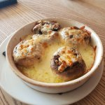 Stuffed garlic mushrooms