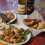 Photo de Cedar's Mediterranean & Italian Grill