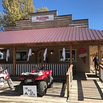 Seasons Mountain Dining & Grocery & Rentals