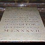 Le tombeau de Guillaume le Conquérant