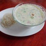 deliciosa sopa de pollo con coco ven a disfrutarla aqui Restaurante Rinconcito Familiar