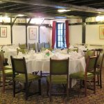 The very traditional dining room - Olway Inn in Usk (13/Oct/17).