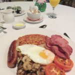 A great cooked breakfast - Olway Inn in Usk (13/Oct/17).