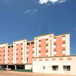 Econo Lodge Inn & Suites Photo