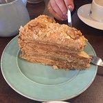Increible torta de hoja manjar nuez