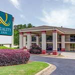 Photo of Quality Inn - Stone Mountain
