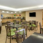 Photo of Quality Inn Richmond Airport
