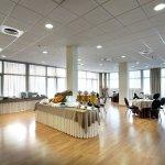 Photo de Hotel Exe Sevilla Palmera