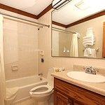 Photo of Cumberland Falls State Resort - Dupont Lodge