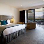 Premium Mountain View room