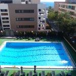 La piscina, vista desde la habitación.