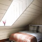 Cottage Deanich single bed (7 bunk beds and 4 singles available)