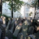 Old Jewish Cemetery y Sinagoga.