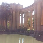 Vista del conjunto de columnatas