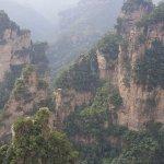 صورة فوتوغرافية لـ Wulingyuan Scenic and Historic Interest Area of Zhangjiajie