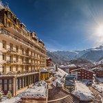 Aussenansicht Parkhotel Beau Site im Winter