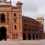 Puerta principal de la plaza de toros de Las Ventas, Madrid
