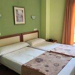 Photo de Hotel Imperial II