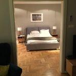 Photo de Venetian House Aparthotel