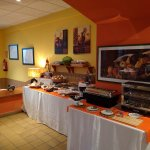 Breakfast buffet: Hot options too