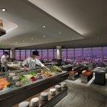 50樓Cafe-沙拉海鮮餐檯