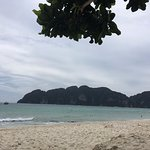 Photo de Phi Phi The Beach Resort