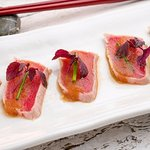 Tuna Tataki, seared tuna, wafu dressing, chives