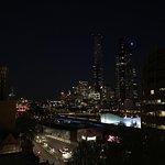 Photo de Aura on Flinders Serviced Apartments
