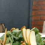 Apple, walnut and arugula salad