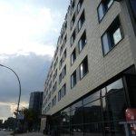 Photo de Novotel Hamburg City Alster