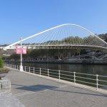 Foto de Puente Zubi Zuri