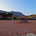 Photo de Strand Beach and Golf  Resort Taba Heights