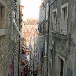 Narrow alley near Buze gate