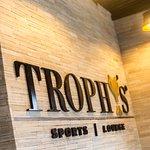 Foto de Trophy's Sports Lounge