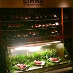 Simms Steakhouse Foto