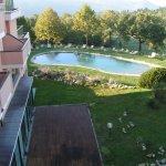 vue terrasse sur piscine extérieur