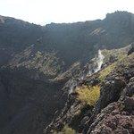 Fumarolen im Krater
