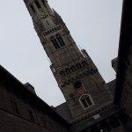Belfried (Belfort) und Markthallen Foto