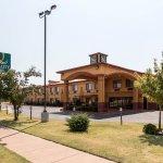 Photo of Econo Lodge I-27