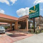 Foto de Quality Inn & Suites Bell Gardens